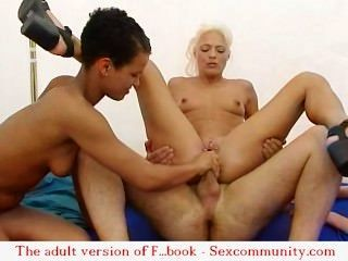 -Sex-Orgie in der Natur mit   English