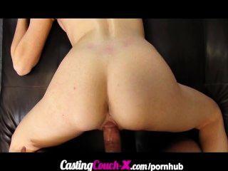 castingcouch-x ungezogen engen Amateur Castings für Porno-Casting