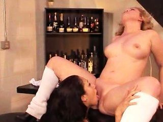 lesbisch bukkake 17 Vicki Chase