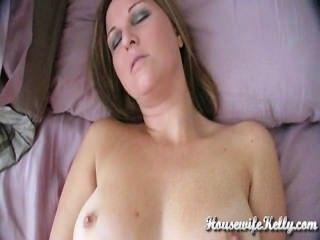 Amateur Frau hat intensiven Orgasmus