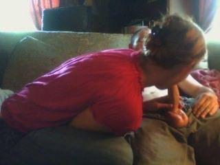 er küsst mich immer, nachdem ich sein Sperma schlucken