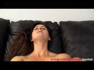 mollig painal und Creampie Casting
