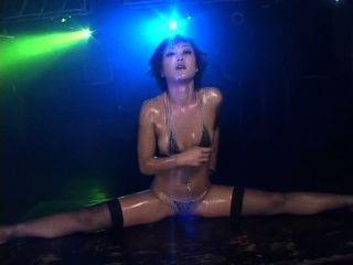 nana kitami heißen Bikini-Öl Tanzen