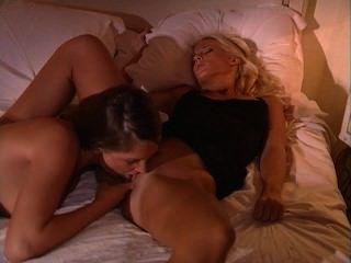 sandra shine Stella Stevens besten leidenschaftlich lesbischen Sex immer hd