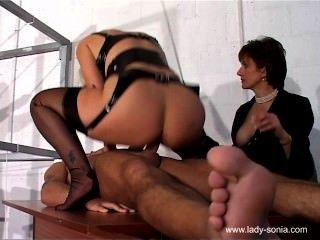 Sexsklavin Behandlungsraum