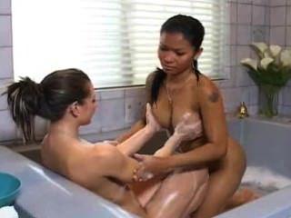 sinnliche Massage mit priva & rachel roxxx