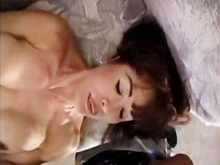 Mutter mit großen Titten