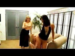 Courtney Cummz, Lexi Belle und asiatischen Freund lezzie groupsex