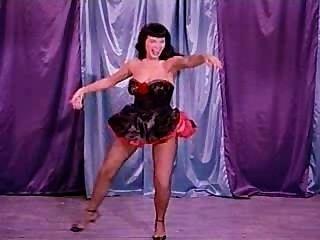 eine Burlesque-Tanz mit betty Seite