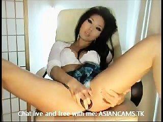 super hot asian mit großen Titten Abisolieren und masturbieren