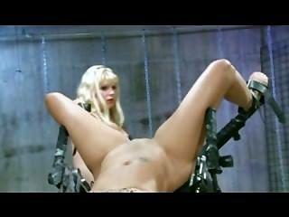 extreme Strafe - Giselle abspritzt