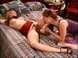Lesben masturbieren für einander