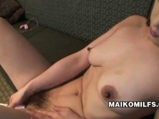 Maiko hirota Sex nippon Milf verhungert