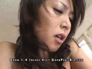 Asian Babe will hart gefickt