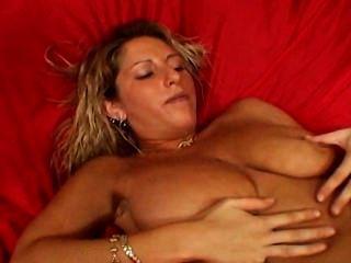 große Titten Milf masturbiert vor seinem Sohn bestfriend