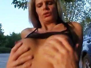 lulu Lüstern Video 2 spritzen Öffentlichkeit
