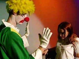 holen sie auf die Clowns