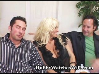 Puma Frau fickt jungen Stud als Ehemann Uhren