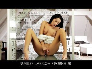 nubile Filme - emotionale Reaktion