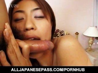 vollbusige Aya kurosaki und ihre Fick-Kumpel den Tag nackt im Bett ficken verbringen