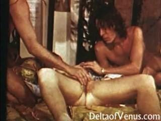 haarige Muschi Jahrgang Teen wird gefickt - 1970 Porno