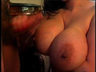 Big Boob wackeln-thon Teil 2