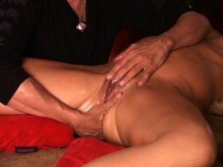 meine längste Upload erstaunlich spritzen Master macht Milf Pussy wie Brunnen fließen