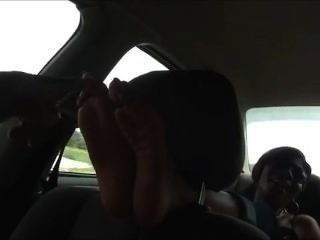 Ebenholz Fuß in Auto kitzeln f / f