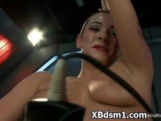 Bondage Mädchen erotica grausamer Bestrafung