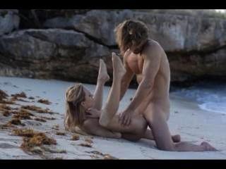 extreme Kunst Geschlecht schlankes Paar am Strand