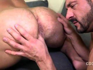 Muskel Daddy gefickt nackten