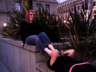 stinkende Füße anbeten