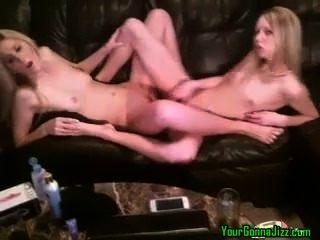 Lesben Cam Girls gehen auf sie