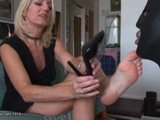 hot Milf Reife Frauen Füße anbeten