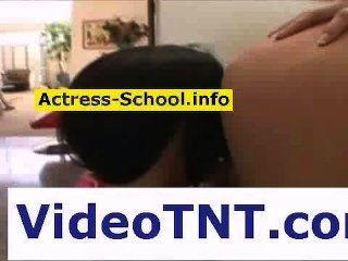 College Cam Girls Lesben küssen sexy Striptease Videos engen Ärsche Explo