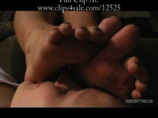 weiblich Fußsklave