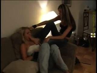 lesbischen fußanbetung