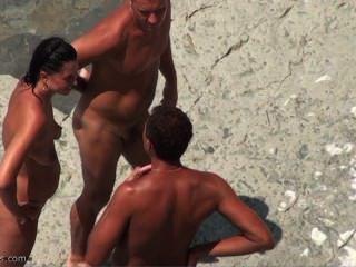spycam auf dem FKK-Strand