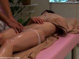 Körpermassage Therapeut wecken