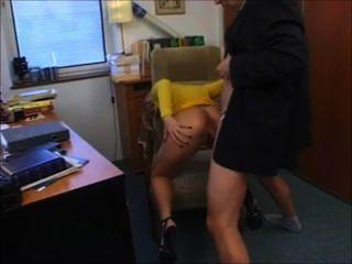 blonde Deutsch von Chef gefickt Sekretärin