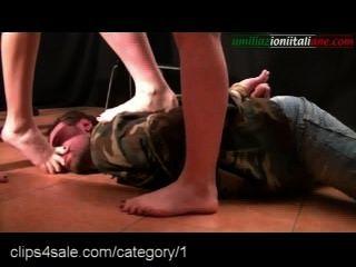 Lasten von Fußfetisch Aktion bei clips4sale.com
