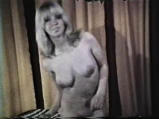 Softcore Nudes 590 1970 - Szene 3