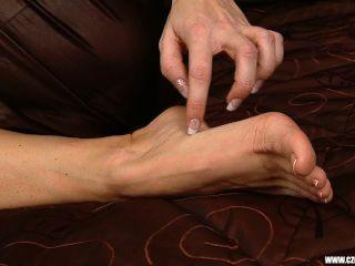 tschechisch sexy Füße - sandra zeigt ihre nackten Füße