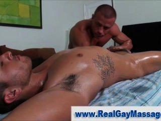 Homosexuell Masseur Penispumpen straighty