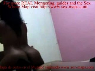dominikanische Prostituierte fickt mit Machos
