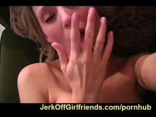 Carli Banks sagt Ihnen zu jerkoff
