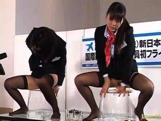 japanische Flugbegleiter dildoficks Demonstration