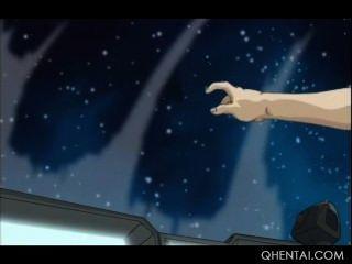 ehrfürchtige Hentai Puppe in einem Raumschiff ausgezogen und schlug