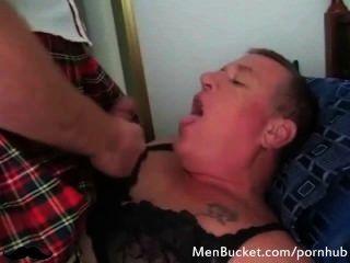Homosexuell daddies saugen Hahn viel besser