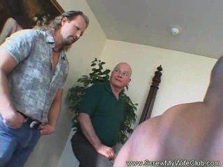 hotwife leanrs einen anderen Mann zu schrauben